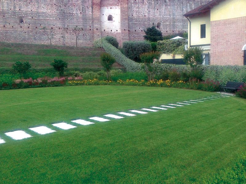 Pavimentazione per giardino in pietra padova vicenza - Pavimentazione giardino in pietra ...